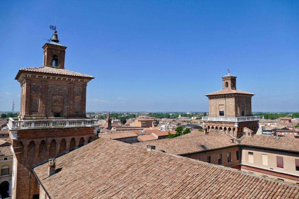 Roofs Ferrara