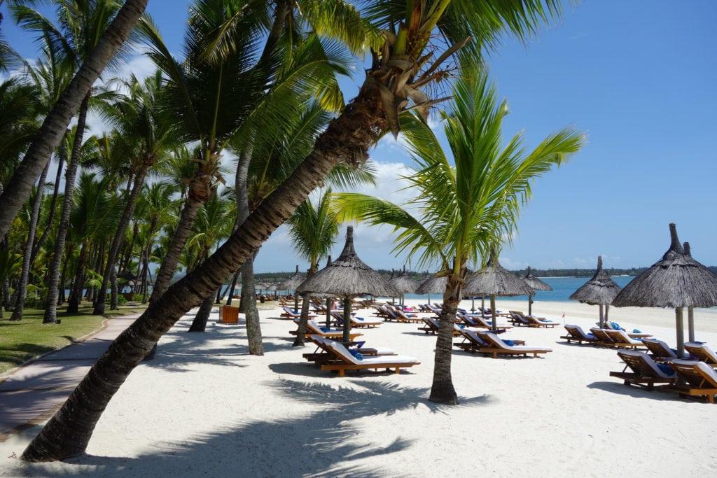 Le Saint Geran Mauritius hotel beach