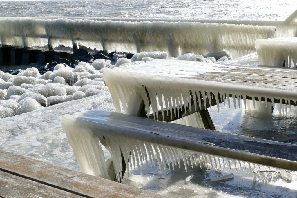 Ice frozen Afsluitdijk 2018