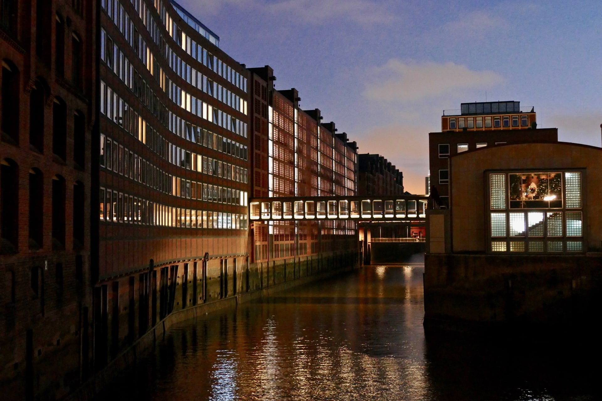 Evening in Speicherstadt