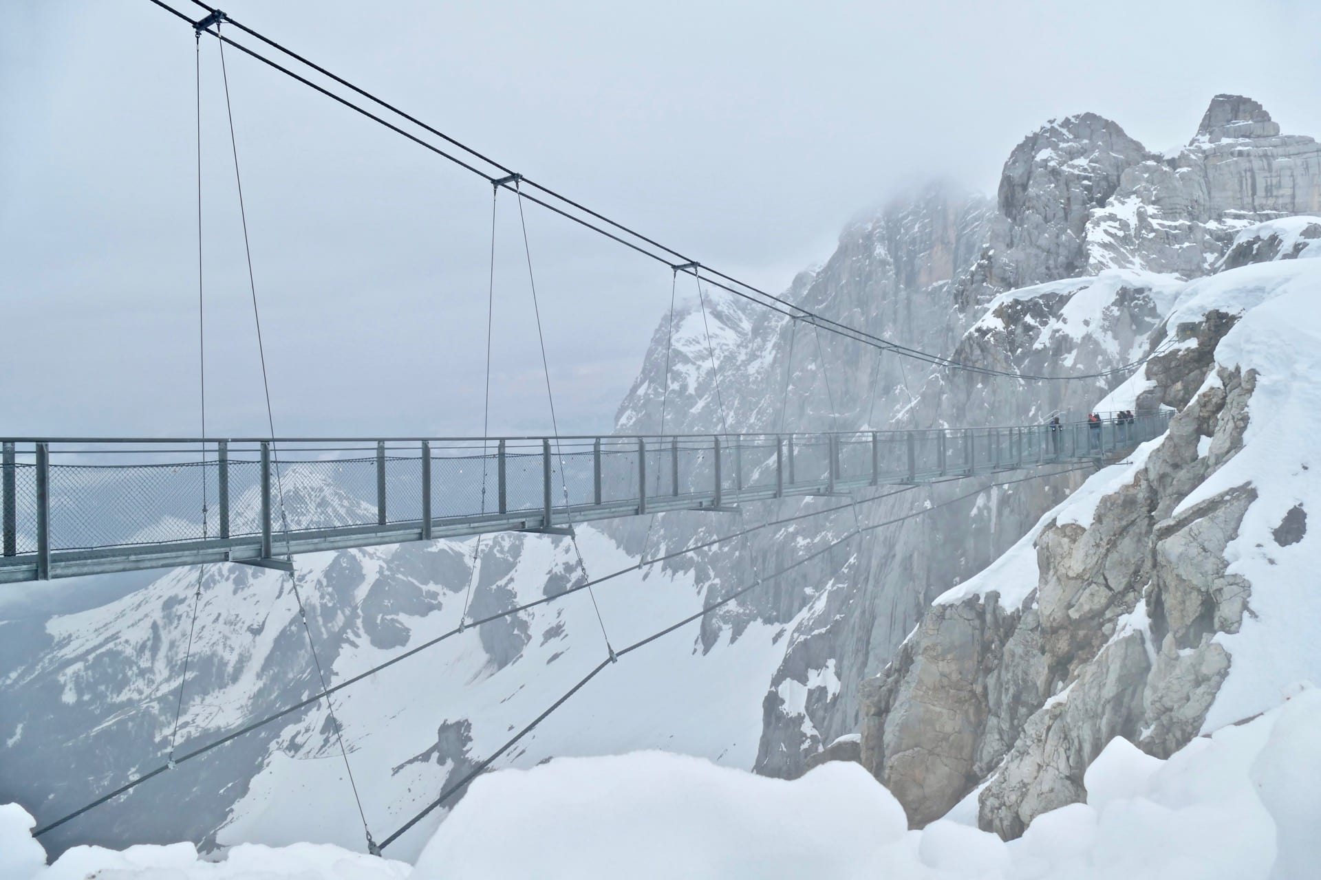 Beautiful hikes in Austria visit the Dachstein glacier   Act of ...