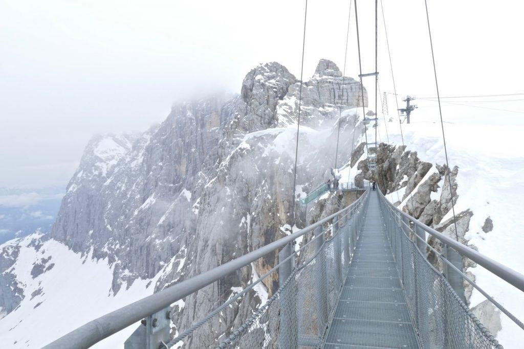 Suspension bridge Dachstein